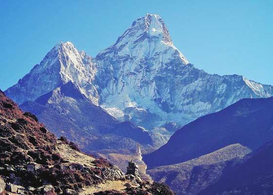 世界で「一番高い」山は3つある...